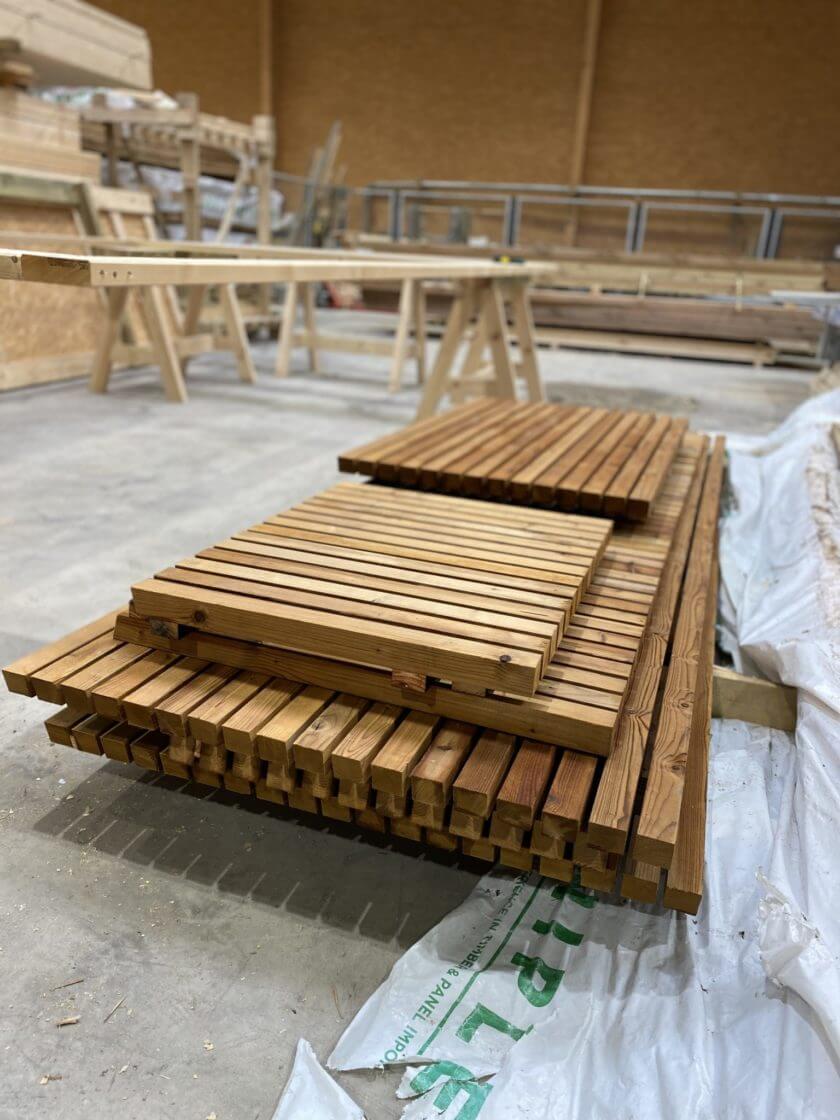 bardage dox square en bois préfabriqué en panneau