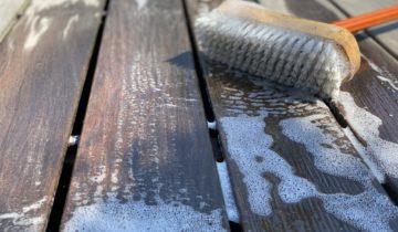 Pourquoi nettoyer une terrasse en bois ?